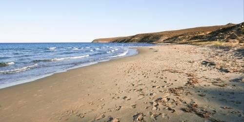 Παραλία Μακρύς Γιαλός